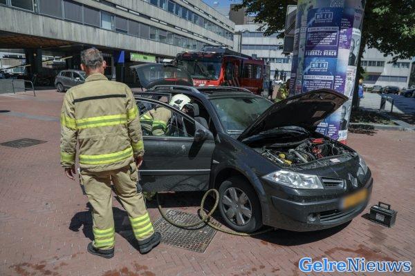 extreem meisjes rijden in Arnhem