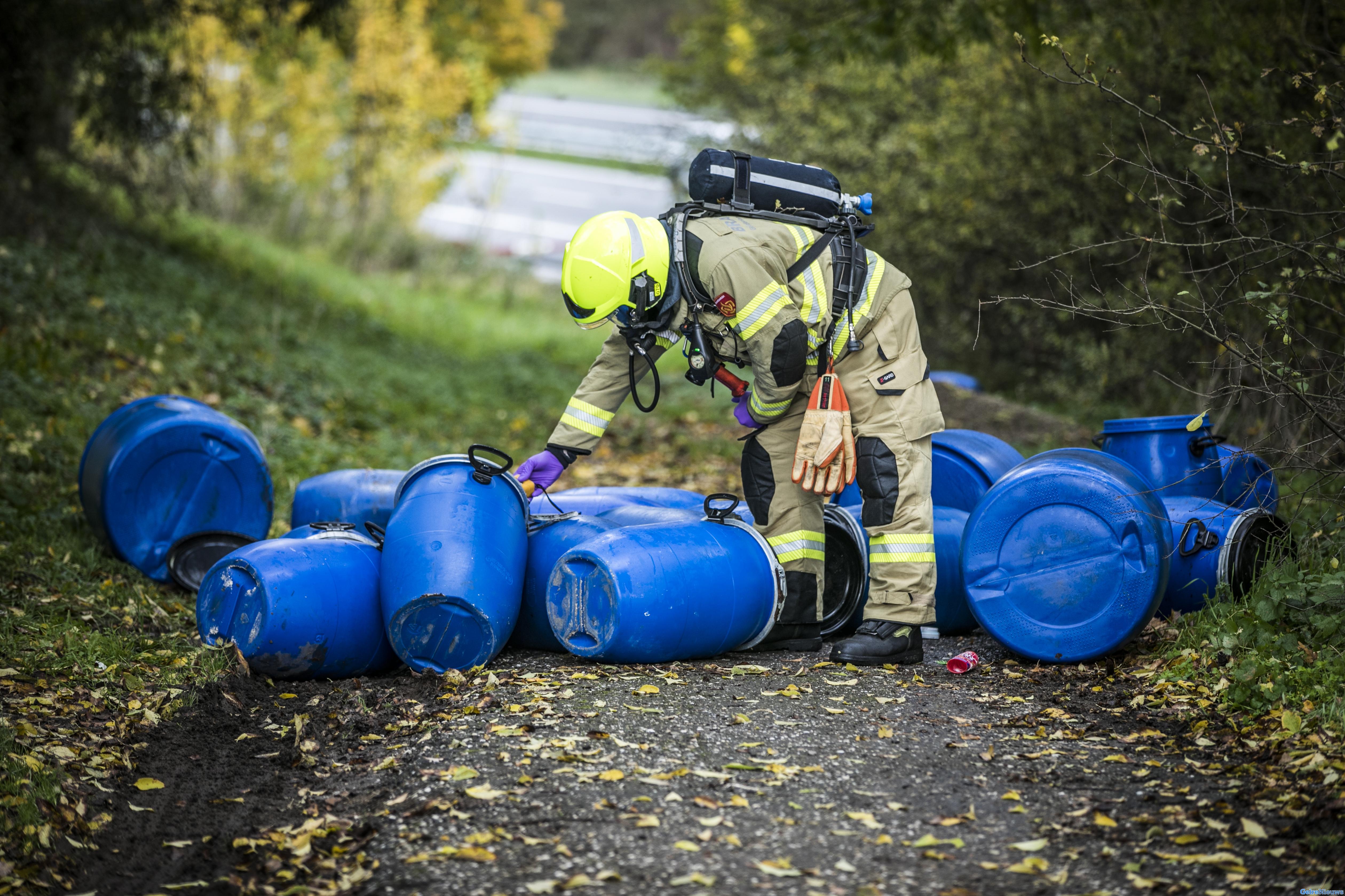 Het is weer raak: vaten met drugsafval gedumpt