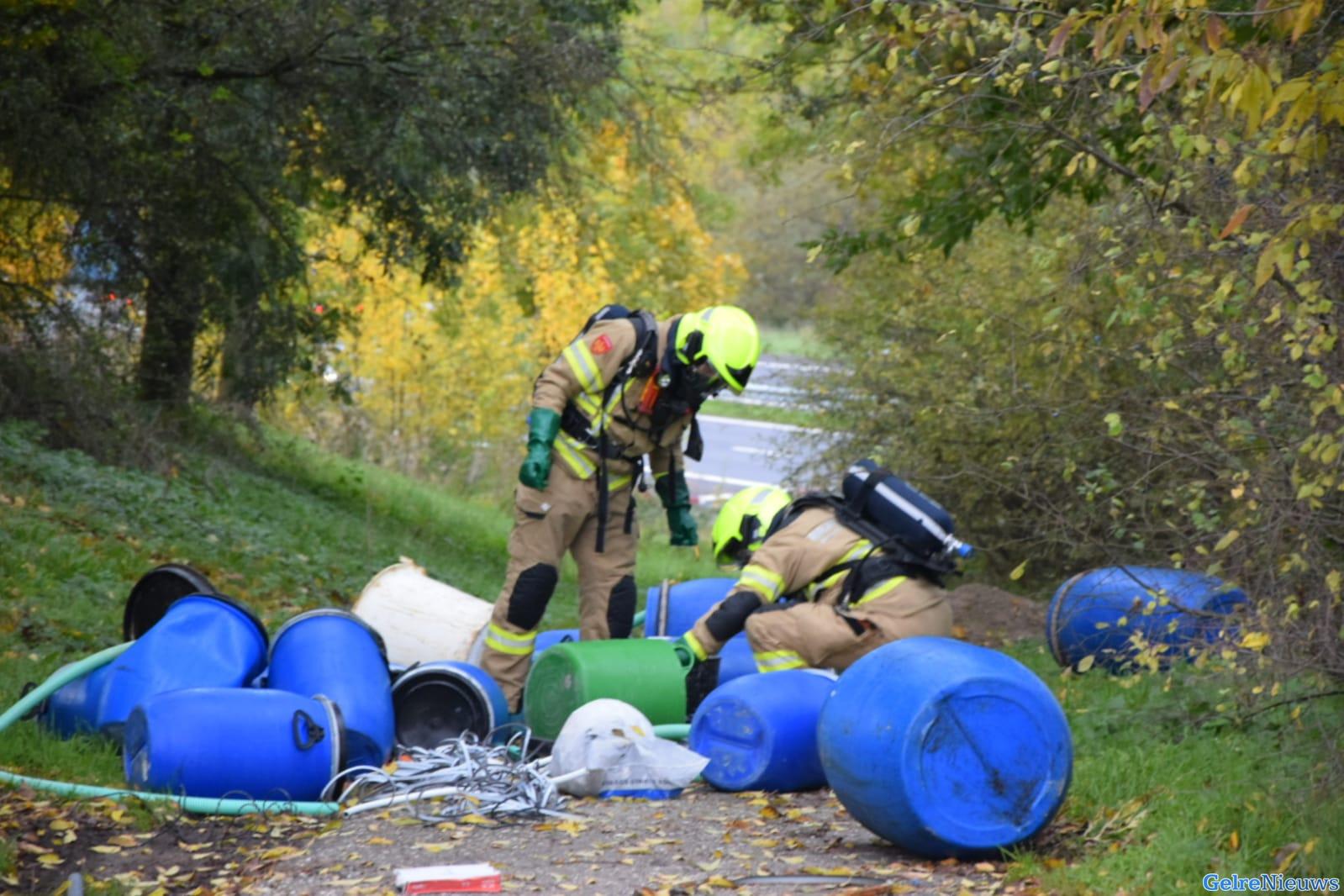 Opnieuw vaten gedumpt met mogelijk drugsafval in Arnhem