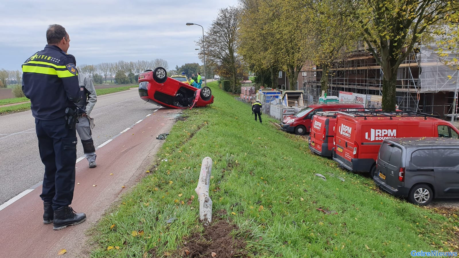 Auto belandt op de kop bij ongeval in Huissen